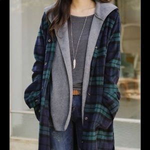 Tops - Long Green/Navy/Black Flannel Button-Up